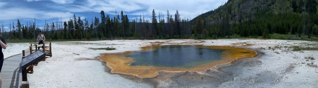 old faithful, Yellowstone, Wyoming, usa, parc, black sand bassin