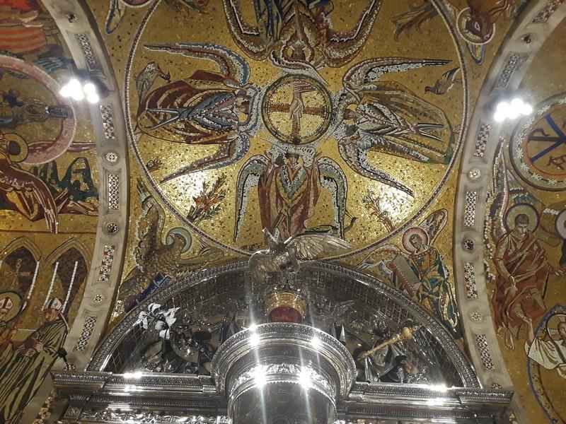 sallée de la vierge noire onastère Montserrat
