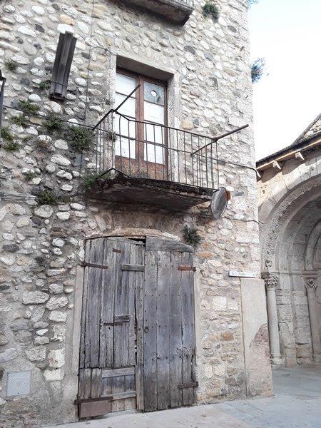 architecture Besalu