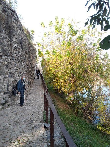 balade remparts Besalu